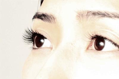 可爱型睫毛种植